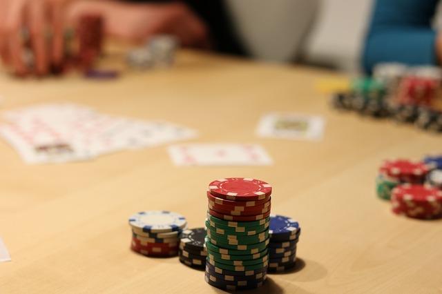 Runde Poker spielen